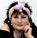 Heidi Lamira Woitinek, hand reader [Handleserin] - Berlin, GER
