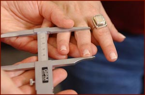 Finger length measurement