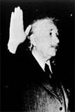 Alfred Einstein sworn in as US citizen in 1940.