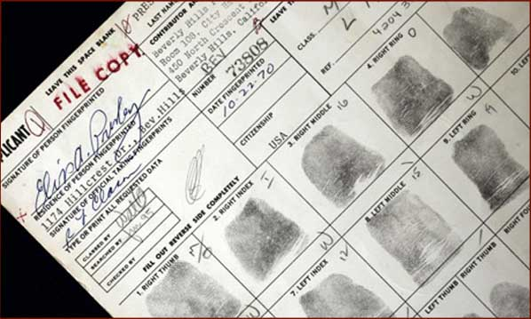 The King S Fingerprints Elvis Presley S Gun Application
