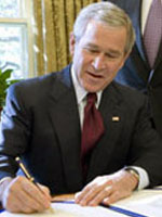 George W. Bush - a RIGHT handed US president.