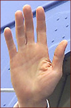 The right hand of the 42th president of the US: Bill Clinton!