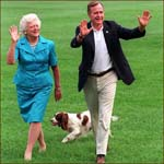 Former US president George H.W. Bush and his wife Barbara Bush: waving hands.