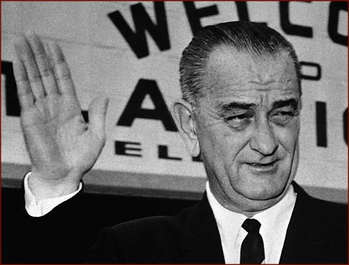 Lyndon Johnson - right hand waving photo!