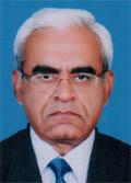 Prof. Dr. Rifat Hashmi, palmist