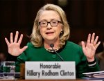 Hillary Clinton has an incomplete simian line in her left hand.