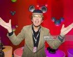 Dutch TV host Robert ten Brink has a complete simian line in both hands.