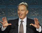 Former Prime Minister of the UK Tony Blair has a complete simian line in both hands.