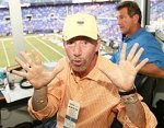 Tony Kornheiser has a complete simian line in his right hand.