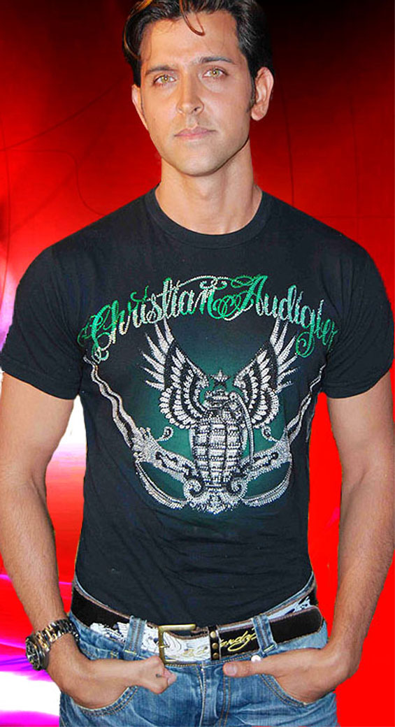 Hrithik Roshan thumb - cool with jeans + christian audigier T-shirt.